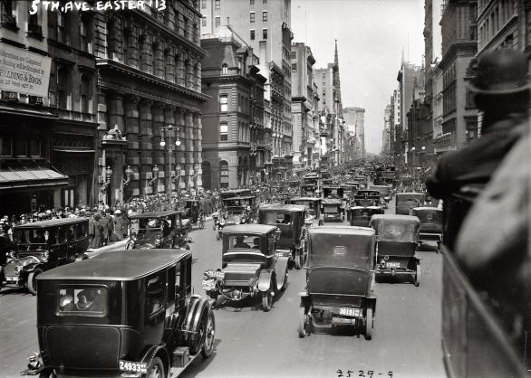 Straßenszene in New York im Jahr 1913