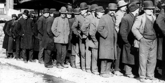 Warteschlangen an Arbeitslosen während der Depression