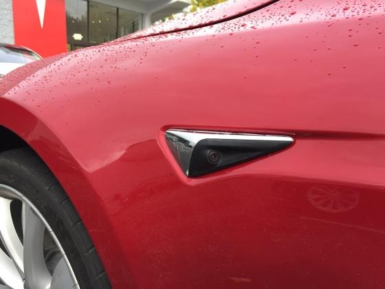 Seitenkamera Tesla Model S