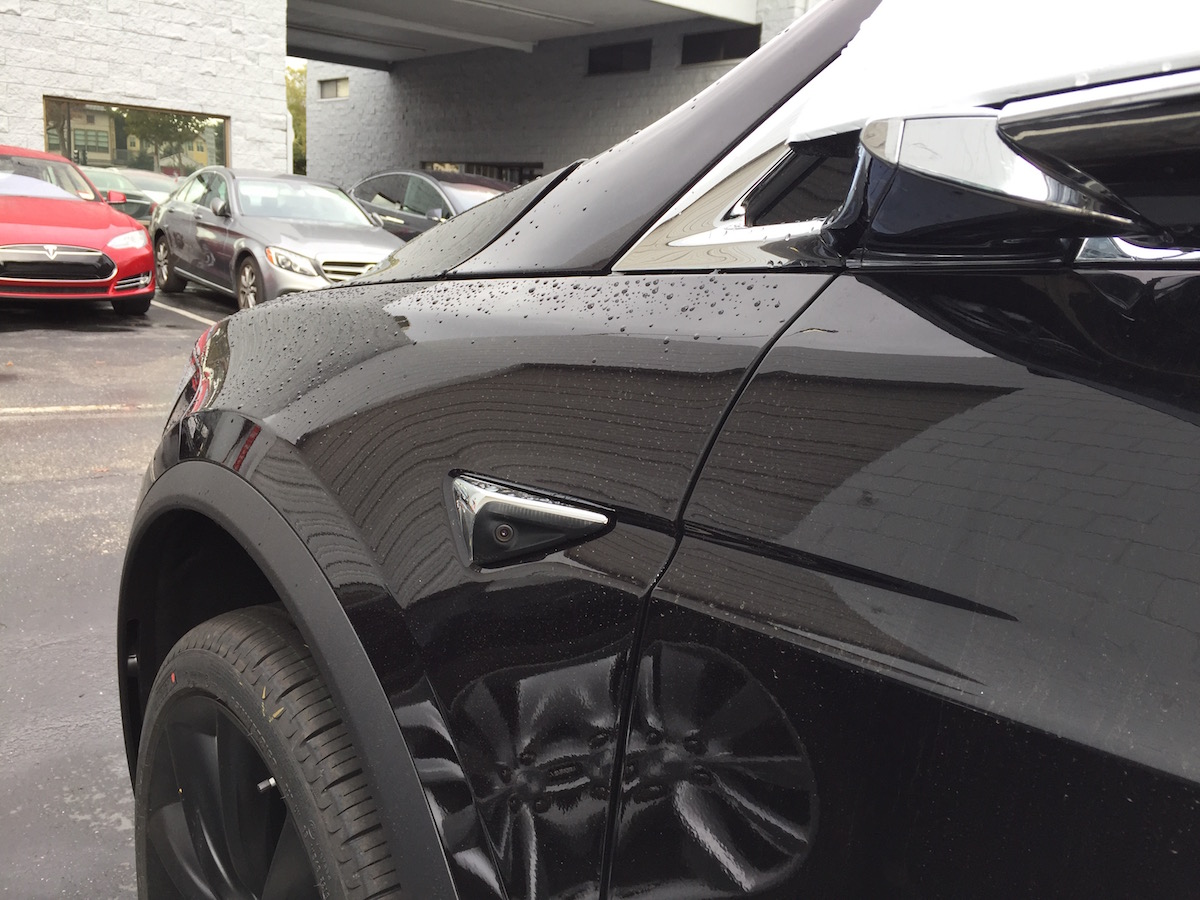 Seitenkamera Tesla Model X