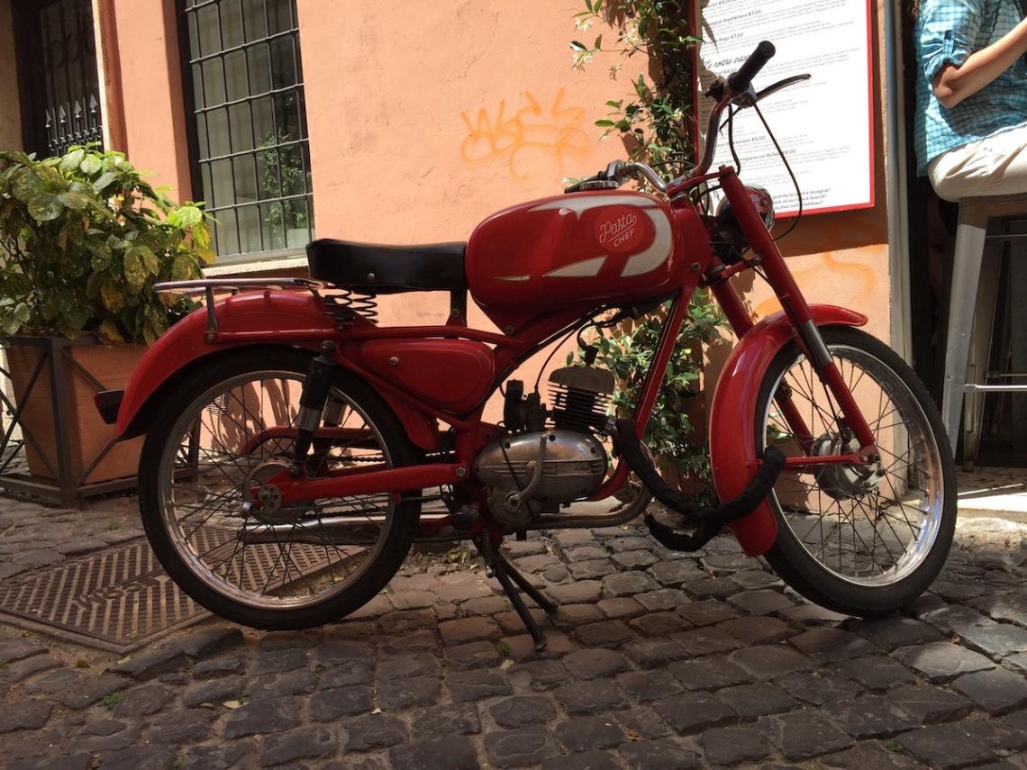 Roma_Moped