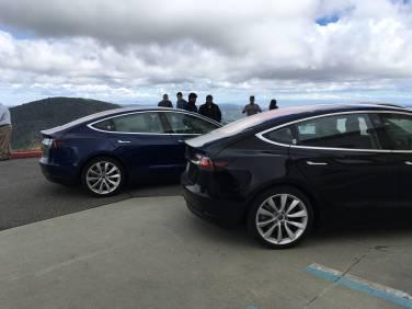 Tesla_Model_3_08