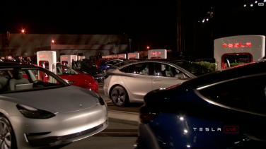Tesla_Model3_Handover_Event_21