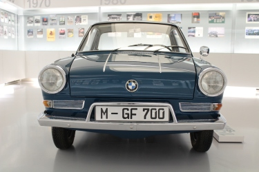 BMW_Welt_Autos_12