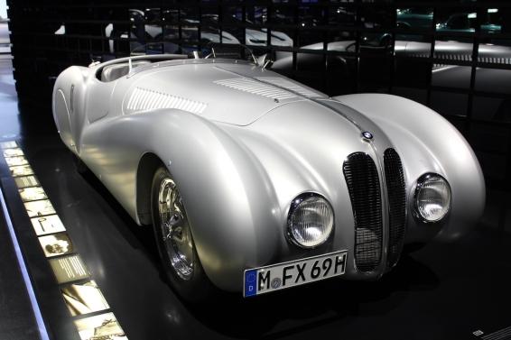 BMW_Welt_Autos_35