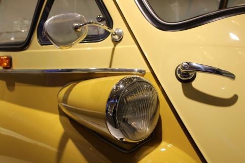 BMW_Welt_Isetta_09
