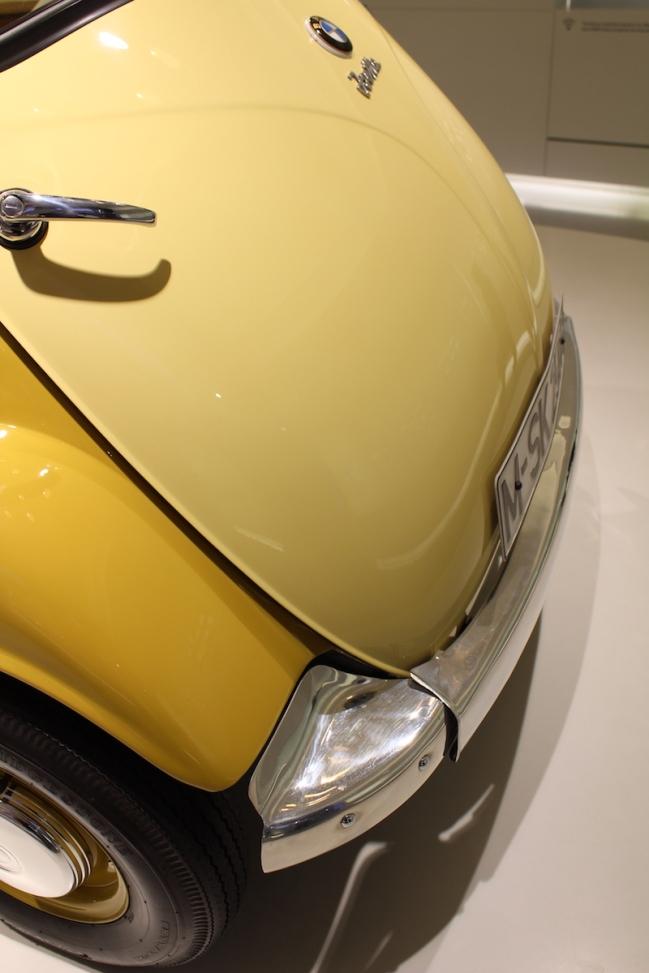 BMW_Welt_Isetta_10