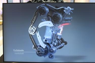 BMW_Welt_Motoren_09