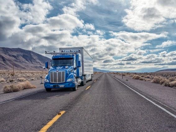 Embark LKW auf dem Highway