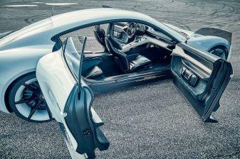 Porsche_Mission_E_02